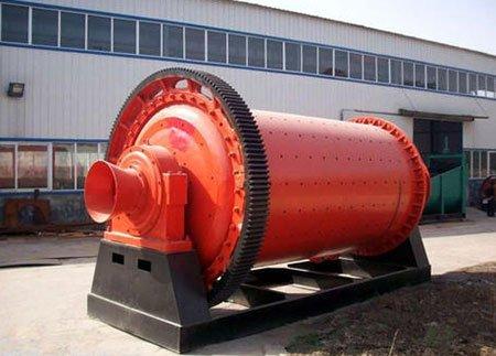 Wet grinding ball mill