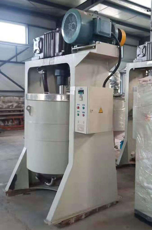 Attritor ball mill for superfine grinding