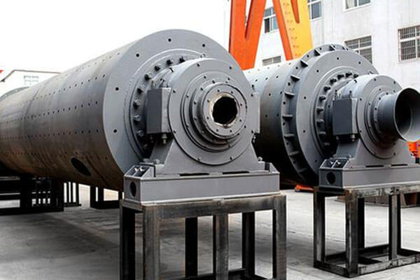 This is a silica sand ball mill